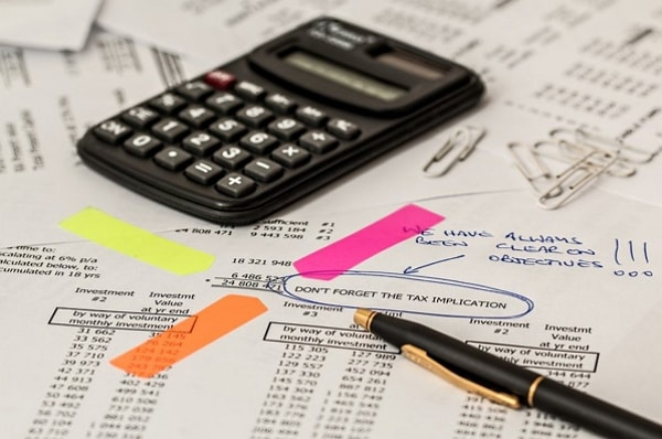 are financial advisor fees tax deductable in the UK